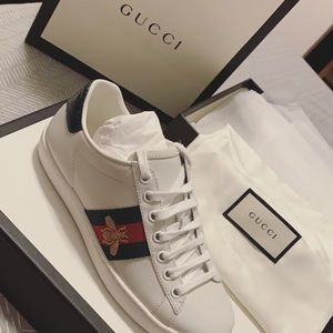 Gucci New ace sneakers. white leather.